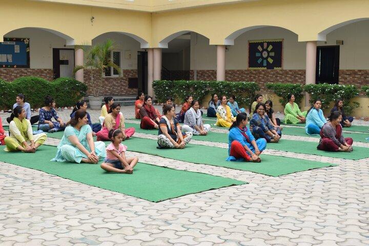 Mount Litera Zee School-Yoga