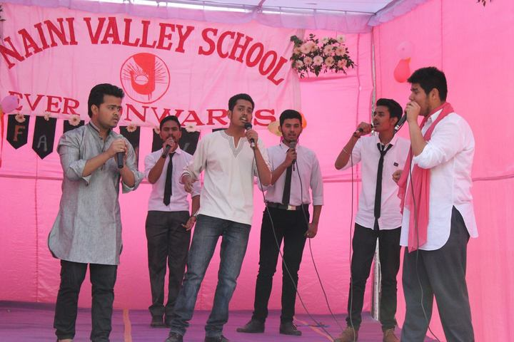 Naini Valley School-Singing