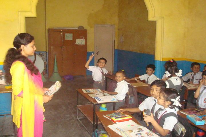 Nanda Convent School-Classroom