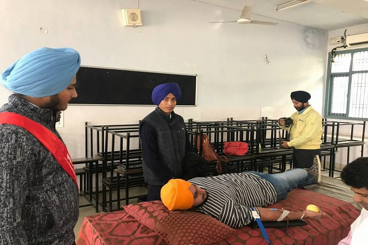 Sri Guru Gobind Singh Senior Secondary School-Blood Donation Camp