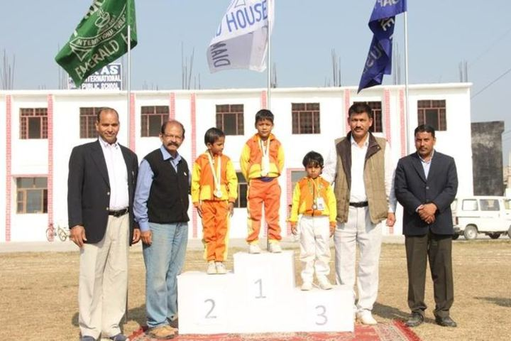Paras International Public School-Felicitation
