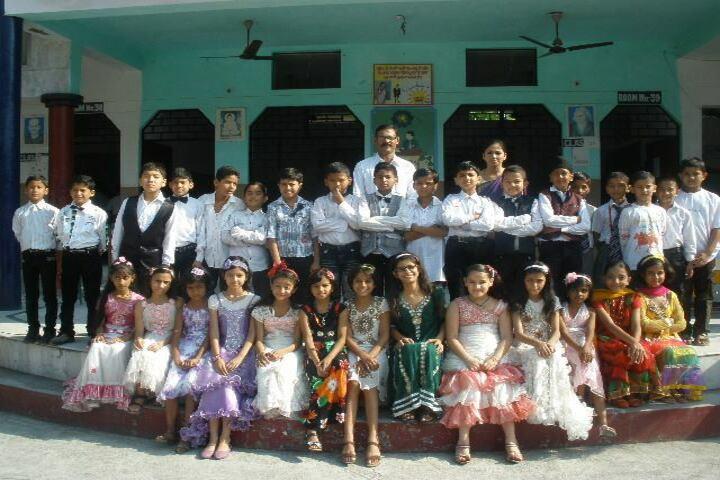 Queens Public School-Group Photo