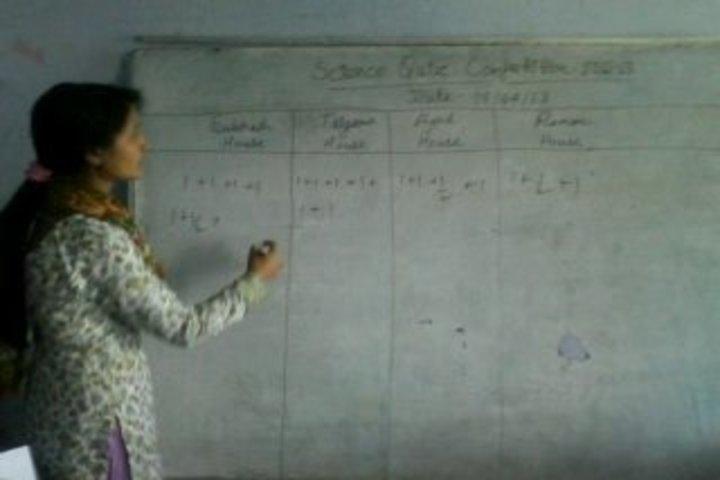 Rajeev Gandhi Navodaya Vidyalaya-Classes