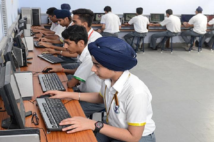 St Johns High School-IT-Lab