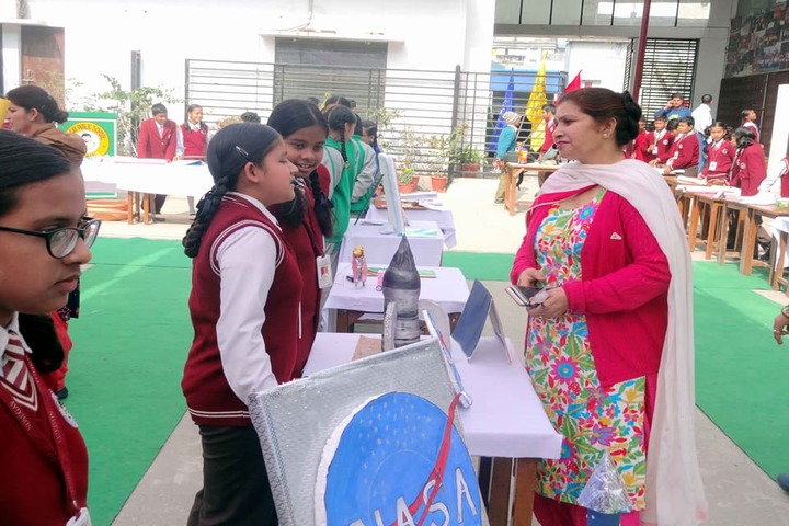 S M S Dutta Memo Nosegay Pub School-Science Exhibition