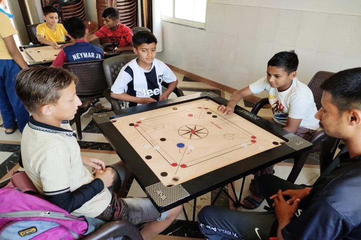 Sapience School-Indoor Games
