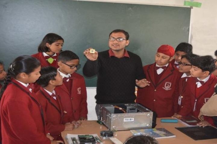 Scholars Valley International School-Lab