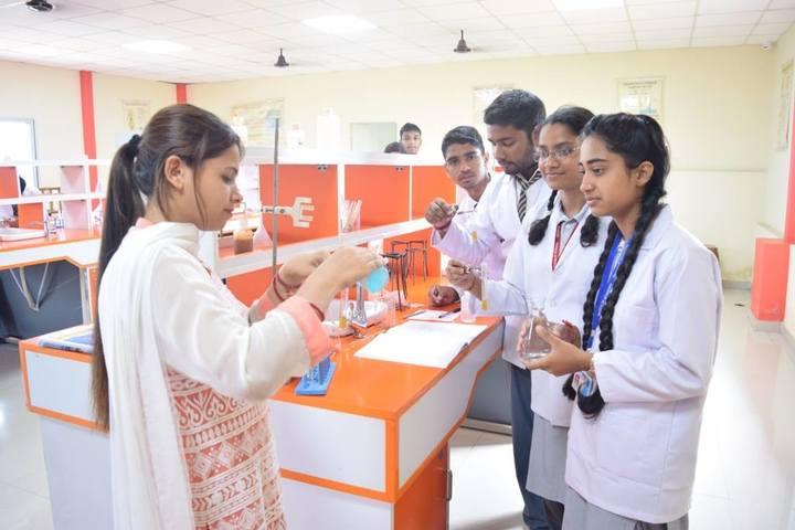 Shivalik Academy-Lab