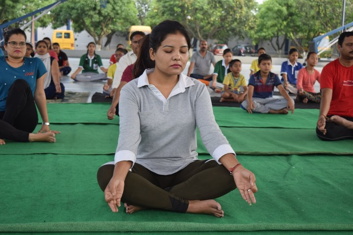 Shivalik Academy-Yoga