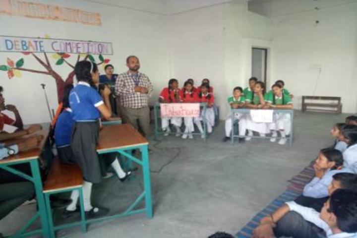 Shree Yogeshwar Public School-Debate