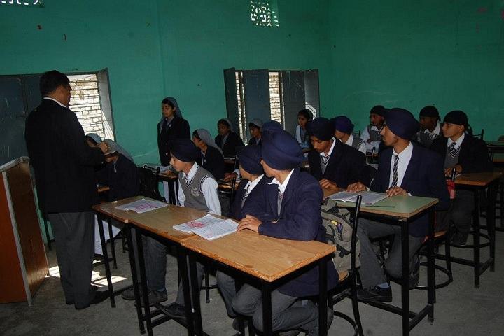 Shri Guru Nanak Academy-Classroom