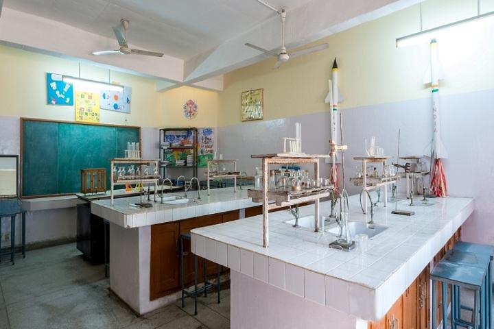Tribune Model School-Chemistry Lab