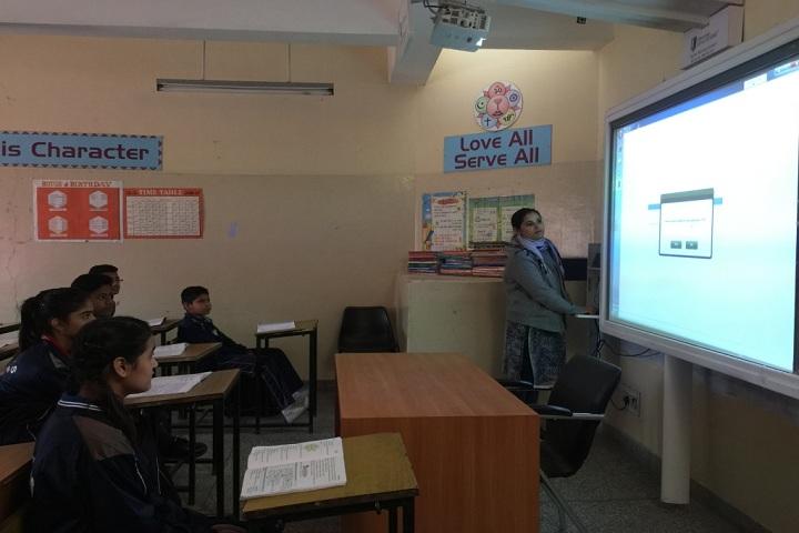 Tribune Model School-Smart Classroom