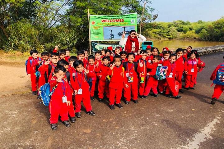 Tribune Model School-Visit to Dam