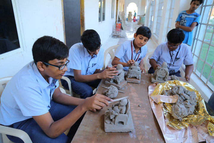 Happy Valley International School-Art and Craft