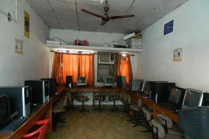 Spring Dales Public School-Computer Lab