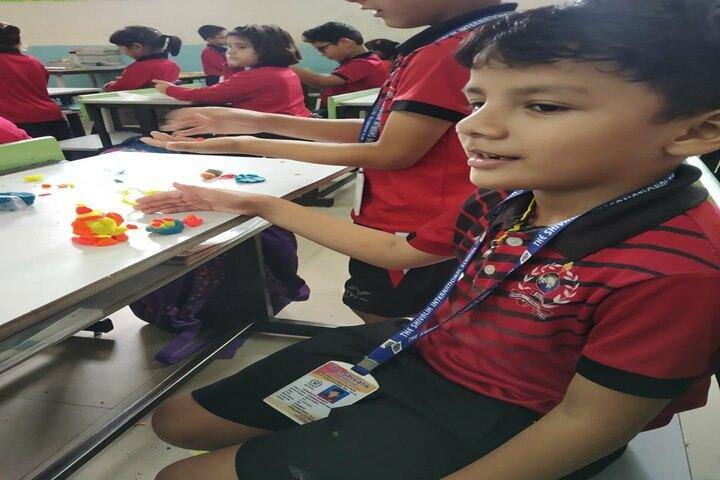 The Shivalik International School-Art And Craft