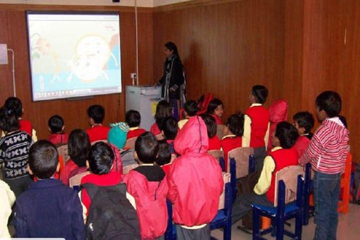 Thomsan World School-Smart Classroom