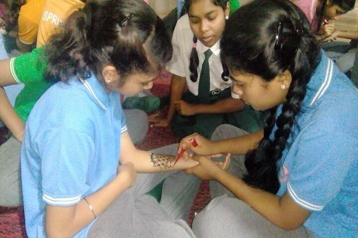 Adeshwar Public School Bastar-Mehndi Competition