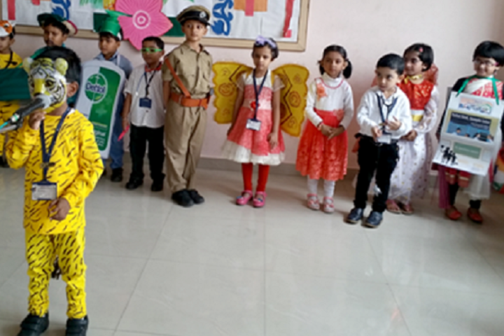 Adamas World School-kg Activity