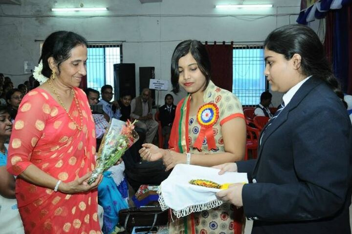 Amresh Sharma Public School-Teachers Day