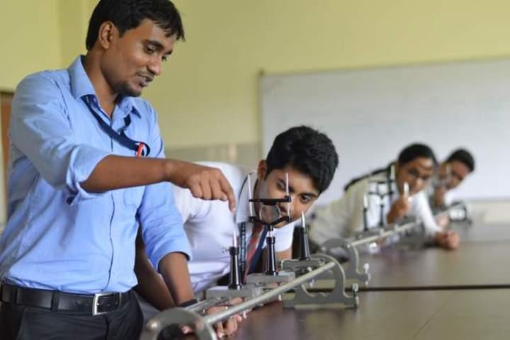 DAV School-Science-Lab