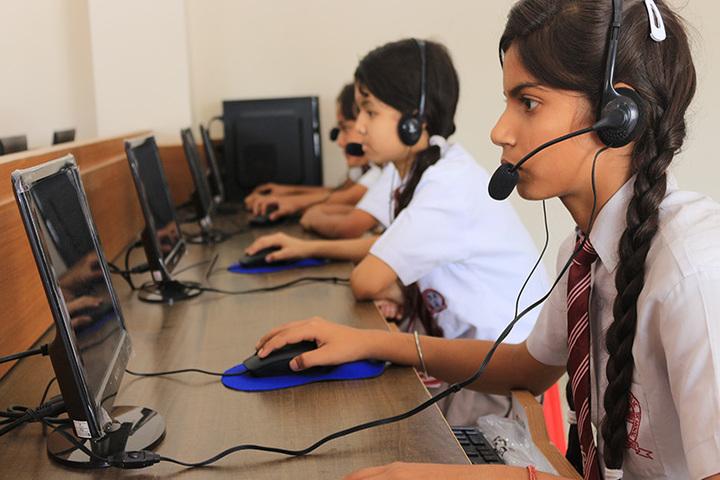Darjeeling Public School-Computer-Lab