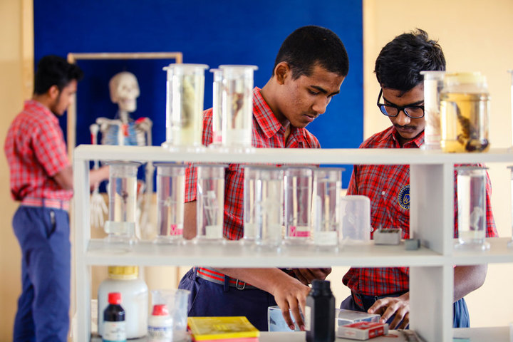 Hyderabad Institute of Excellence High School-Chemistry Lab