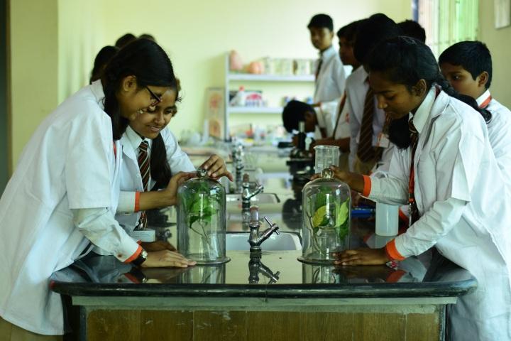 Explore International School-Chemistry Lab