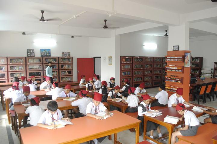 Guru Nanak Public School-Library