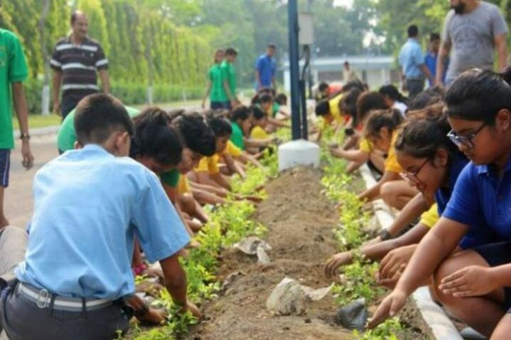Himalayan International Residential School-Earth Day Celebrations