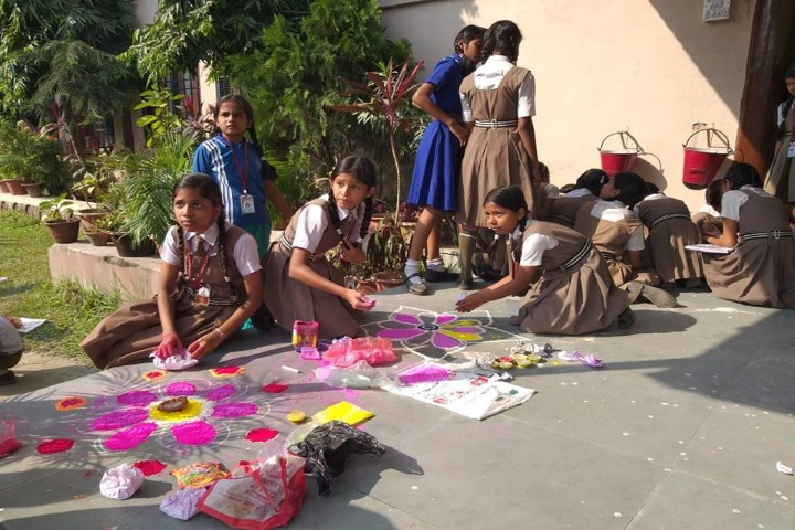 Hindi Balika Vidyapith-Rangoli Competition