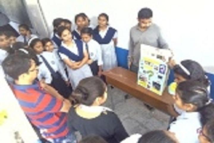 Jawahar Navodaya Vidyalaya II-Laboratory