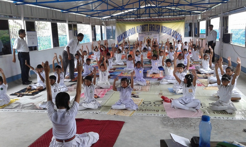 Kanchrapara Harnett English Medium School-Yoga