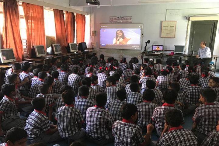 Kendriya Vidyalaya-Computer Class