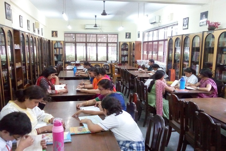 Mahadevi Birla World Academy-Library