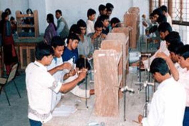 Model School-Chemistry Lab