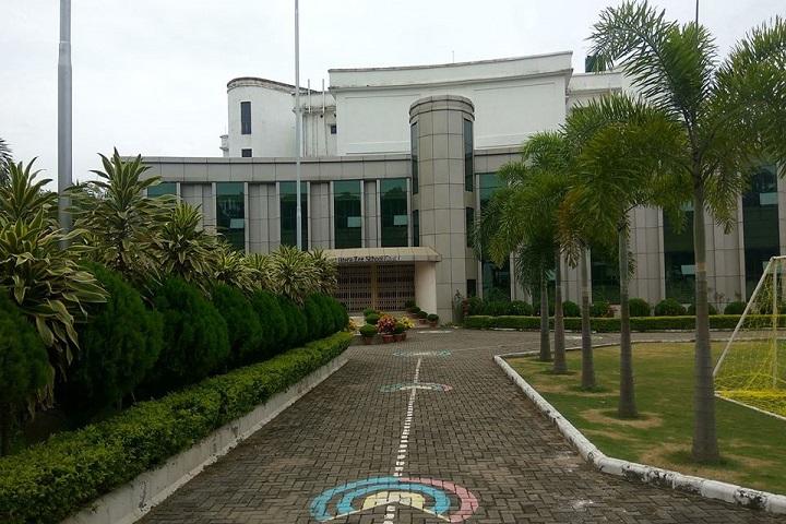 Mount Litera Zee School-Campus Entrance