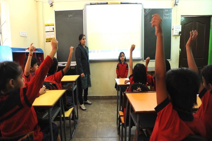 Brighton International School-Smart Class