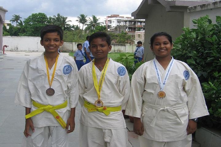 Salt Lake Shiksha Niketan-Karate