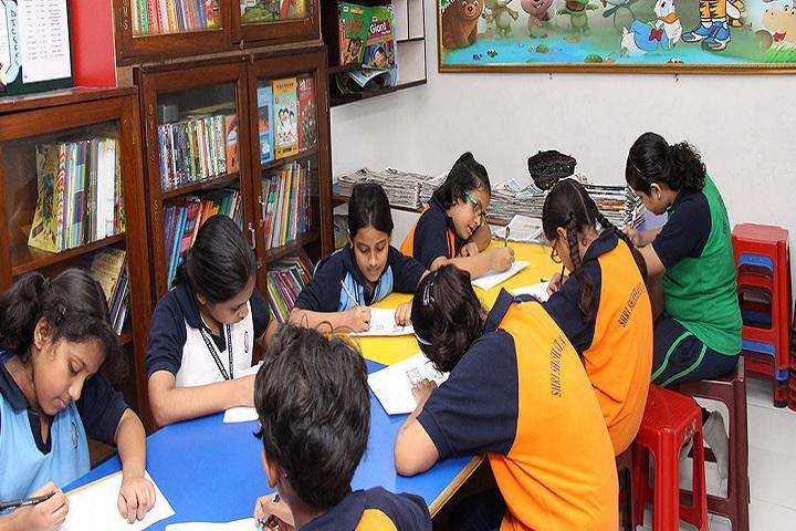 Shri Shikshayatan School-Library