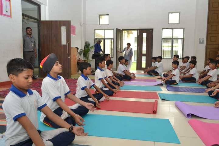 Srihari Global School-Yoga