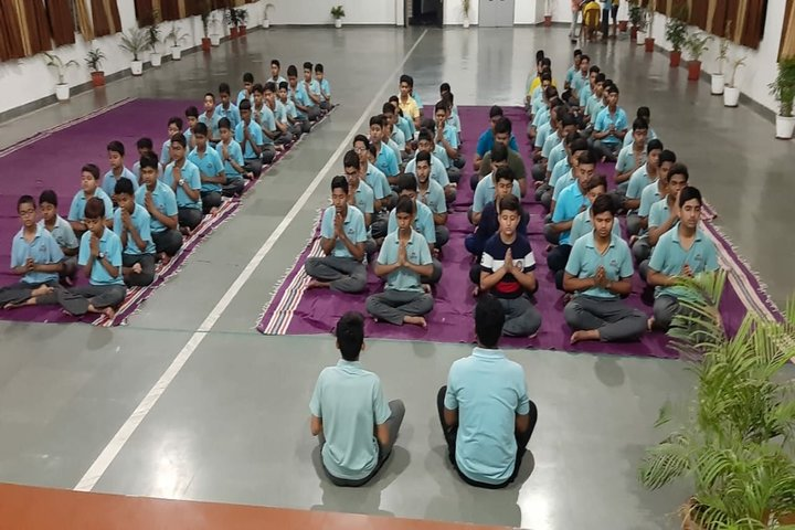 Career Point World School-Yoga