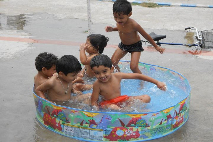 Techno India Group Public School-Swimming Pool Activity