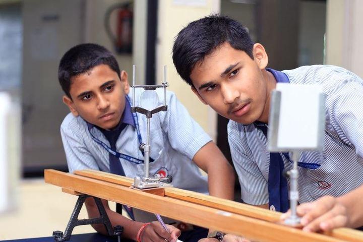 Techno India Group Public School-Physics Lab