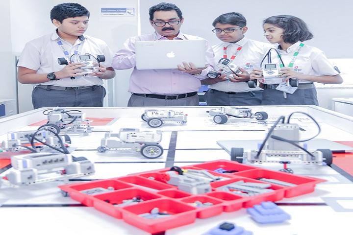 The Newtown School-Robotics Lab