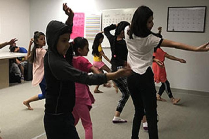 Victoria Public School-Dance