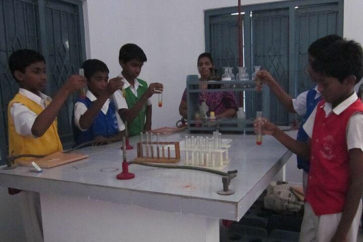St Anns School-Laboratory