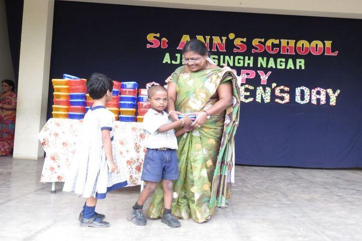 St Anns School-Prizes