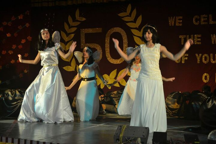 Carmel School-Group Dance